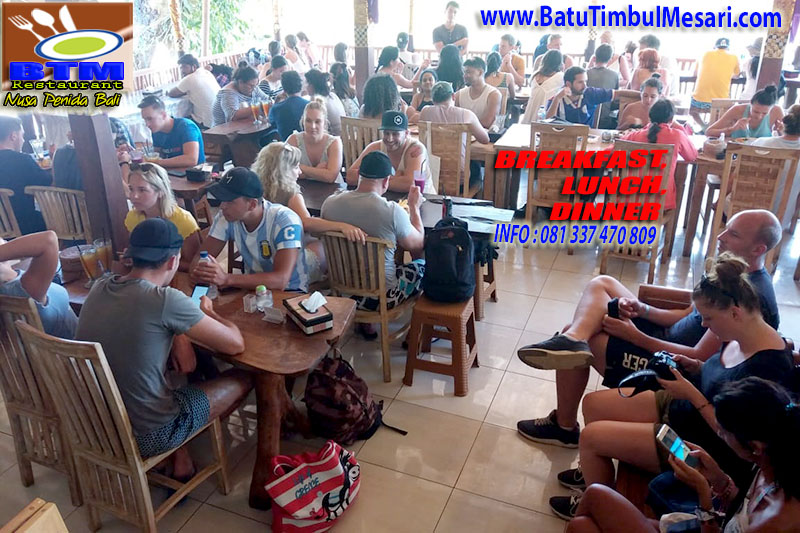 BTM Nusa Penida Bali Restaurant guests, breakfast, lunch and dinner