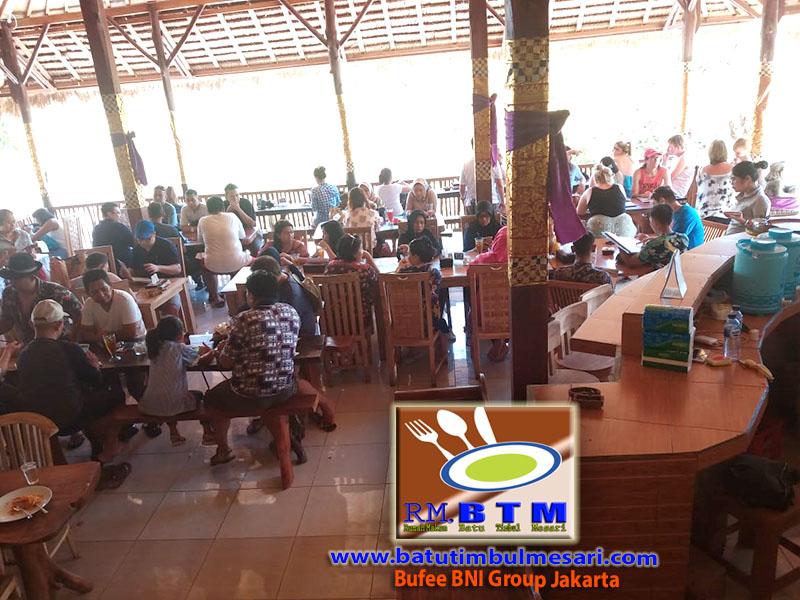 Bufee BNI Group Jakarta 03-11-2018 di RM. BTM Nusa Penida Bali