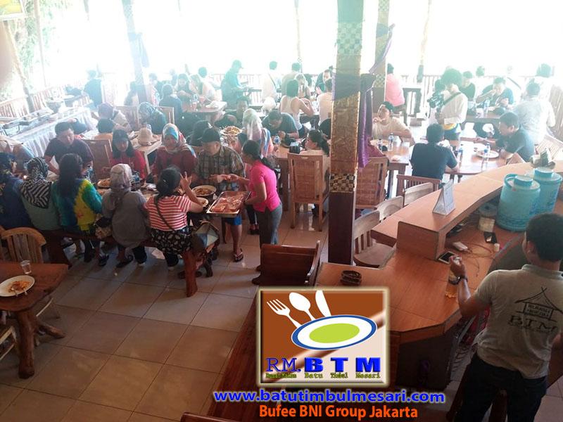 Bufee BNI Group Jakarta di RM. BTM Nusa Penida Bali